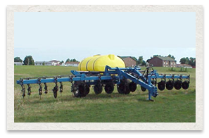Dalton Ag DLQ Series with 8 bolt hubs and wheels fertilizer