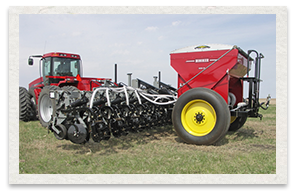 Hiniker 6000 Strip-Till Equipment