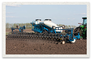 Kinze 3700 Series Front Fold Planter